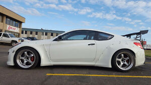 2010 Hyundai Genesis Coupe 2.0 GT Coupe (2 door)