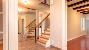 Beautiful 4-bedroom house-Rent- in pickering