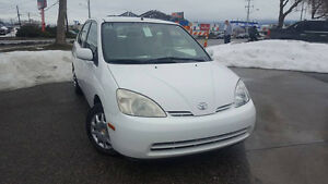 Toyota Prius 2002-Idles-Sold As Is