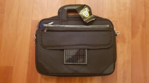 Solar Chargeable Laptop Case for Sale – BRAND NEW - CAN DELIVER