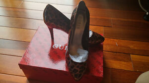 GUESS Shoes (7M) New