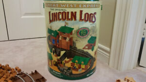 Lincoln Logs Great West Express 257 pieces