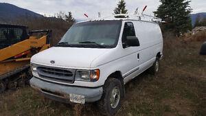 2001 Ford E-150 Minivan, Van