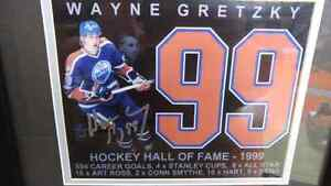 SIGNED WAYNE GRETZKY PICTURE  London Ontario image 3