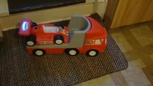 Little  tikes  flat-bed   truck