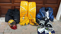 Full Goalie pads for hockey - great condition!