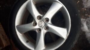 PAIR OF MAZDA 6 MAGS 17 INCHES W TIRES