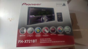 Pioneer stereo double din deck