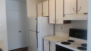 JAN FREE - Wifi & Cable - 1 Bedroom Apartment - Century Park