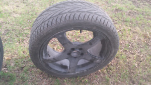 pneus d'été 225 / 40ZR / 18