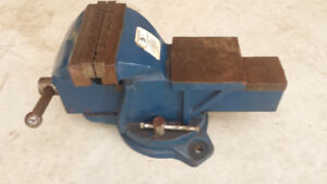 5 inch Heavy Duty Bench Vise with Swivel Base