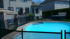 Pool safety barrier : Removable Pool fence