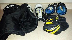 miscellaneous youth hockey gear