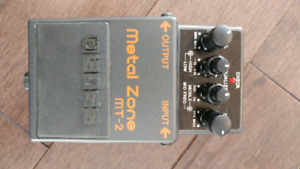 Boss MT-2 Metal Zone distortion pedal guitar effect