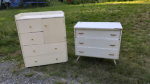 KIDS DRESSERS 2, WITH LARGE MIRROR. WHITE COLOR