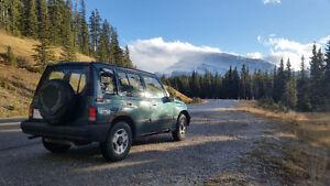 1997 Geo Tracker SUV, Crossover