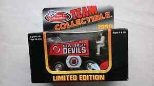 NHL ZAMBONI 1999 NEW JERSEY DEVILS DIE CAST
