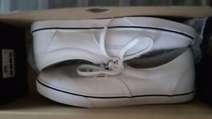 New white Vans shoes