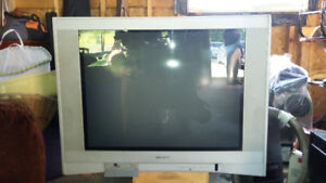Television 32 inch crt