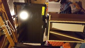 Phillips 32PFL3506/F7. 32inch TV.$100