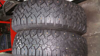 225/70R15  RADIAL	HIGH TRACTION	2 PNEUS	100 $