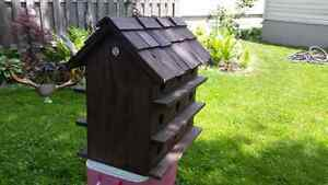 Bird house for 18
