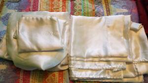 Ensemble de draps pour lit Queen - Blanc en polyestère