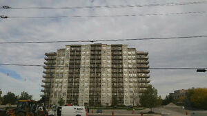 High-rise apt Condominium for rent
