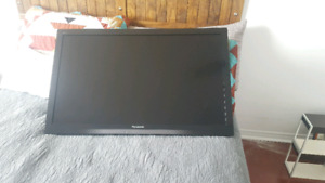 "37"" Mint Condition Panasonic T.V"