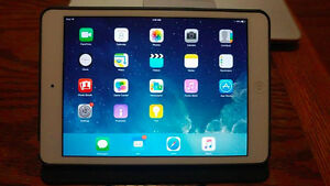 IPAD MINI 2 GREAT CONDITION 16 GB W/ CASE AND CHARGER $250