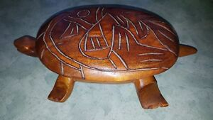Beautiful hand-carved woode Turtle trinket box.