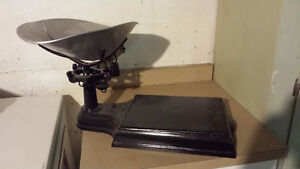 """Antique """"GURNEY"""" Cast Iron Weigh Scale - $150 OBO"""