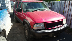 2000 GMC Jimmy SUV parting out @@@@