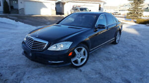 Mercedes S450 4Matic  Black on Black Low Kilometers
