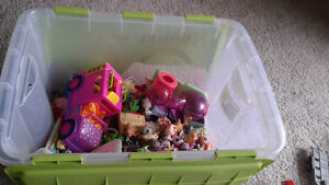 Polly Pocket Accessories & Pet Shop Toys