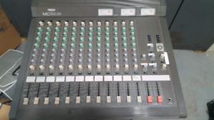 YAMAHA MC1202 PROFESSIONAL AUDIO MIXER