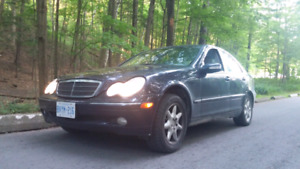 Mercedes-Benz C240 2001 purle midnight blue