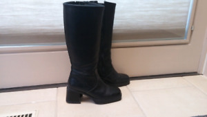 Womens Hush Puppy Boots Size 6