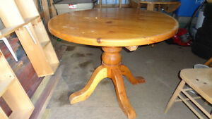 solid pine wood table Stratford Kitchener Area image 1