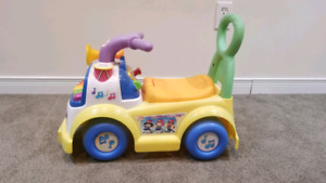 Fisher-Price Little People - Music Parade Ride-on  (Cayuga)