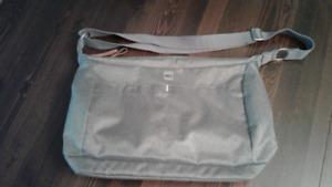 MEC laptop/carrier bag