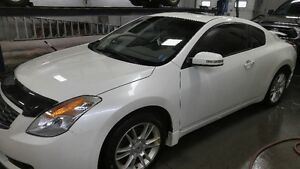 2008 Nissan Altima SE Coupe (2 door)