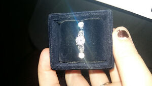 Engagement ring with earrings London Ontario image 1