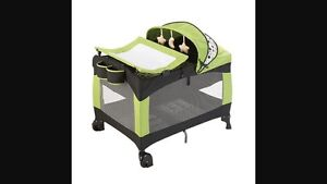 Evenflo playpen (play yard)