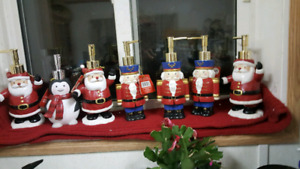 """Hand Lotion Pumps    8"""" x 5""""     So Cute For Christmas"""