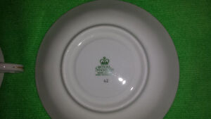 Royal Standard Bone China Cup & Saucer-Excellent Condition Cambridge Kitchener Area image 7