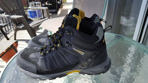 botte de travail - soulier de travail - work boots - grandeur 11