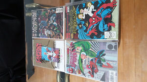 SELLING assorted comic books