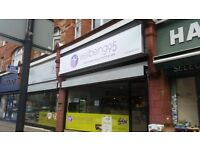 Signs, Shop front advertisements, Van adds, Large format business printing, composite trays, decals