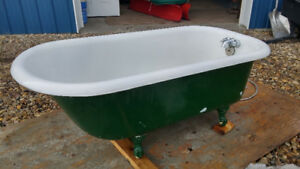 Cast iron bathtub